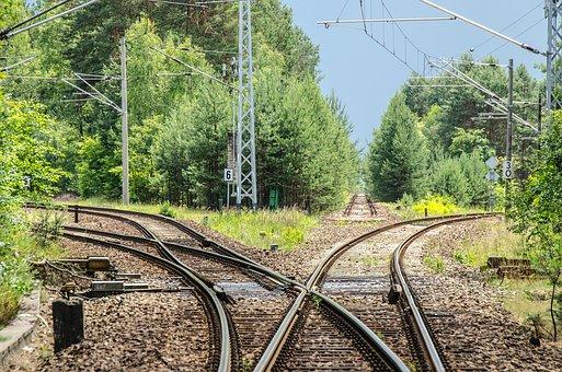 railway-2100353__340